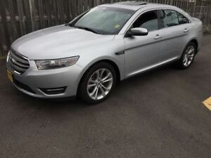 2013 Ford Taurus SEL, Automatic, Navigation, Sunroof, AWD