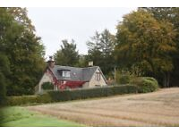 Secluded 3 bedroom Victorian estate house with enclosed garden to rent ; Gardeners House