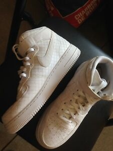 High top Nike air forces size 8.5 for $15