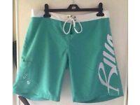 Billabong Shorts - Size Small (Boy Fit)