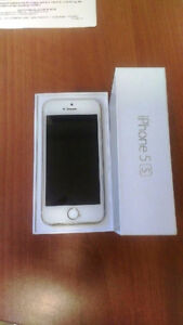 I phone 5s 32Gig-GOLD iphone 5s Apple used in Box with Case