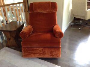 Lazy-boy recliner