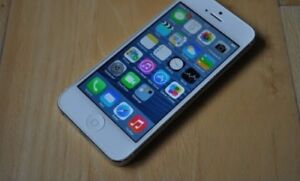 Iphone 5 white good condition!!