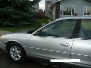 2001 Oldsmobile Intrigue Sedan GL