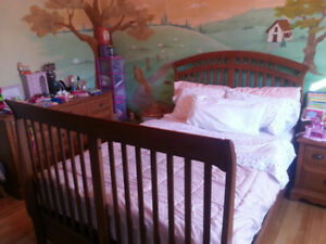 REGAZZI COLLECTION DOUBLE BED - USED