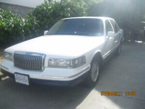 1996 Lincoln Town Car signature series