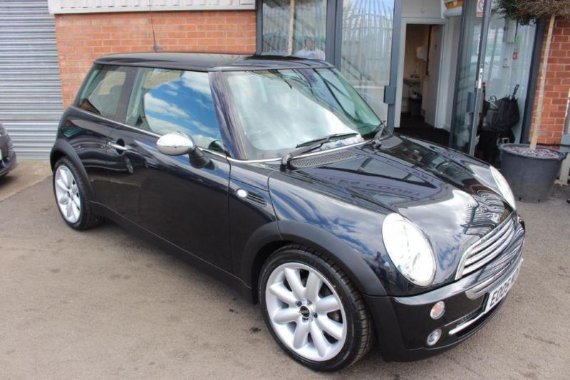 MINI Cooper CHILI PACK-ULTRA LOW MILEAGE