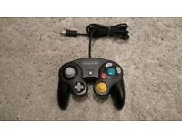Excellent condition official Nintendo Gamecube works with Wii controller gamepad black - DOL-003