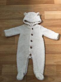 Cream baby Gap snowsuit 3-6 months