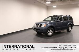 2005 Nissan Pathfinder SE 4WD! BLOWOUT PRICING!!
