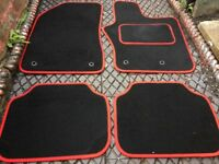Jeep Renegade Red Car Mats