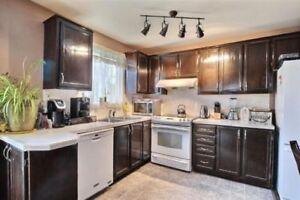 Maison chaleureuse avec 4 chambres et une tres grande cuisine