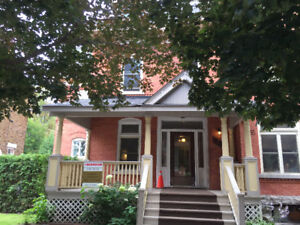 SandyHill Heritage, near Laurier $1075++,