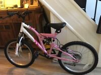 Girl's Bike Age 8-10 approx