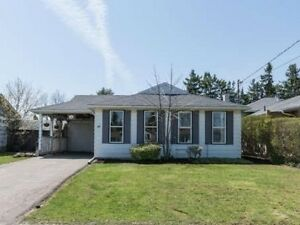 Cute 3 bedroom Georgetown Bungalow - 146 Mountainview Rd S
