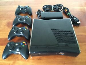 XBOX 360 CONSOLE WITH 4 (FOUR) CONTROLLERS