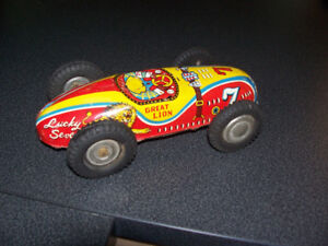 Vintage Lucky 7 Tin Litho Friction Car Made in Japan Approx 9 In