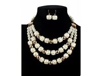 Vintage White Square Shape Decorated Multilayer Jewelry Sets No.:E02071