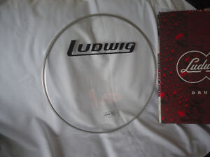 """Ludwig Bass Drum 22"""" Front Logo Head - NOS"""