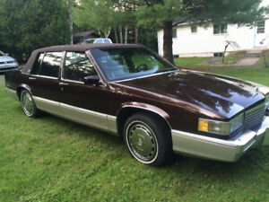 Cadillac DeVille  collection 1990 aubaine