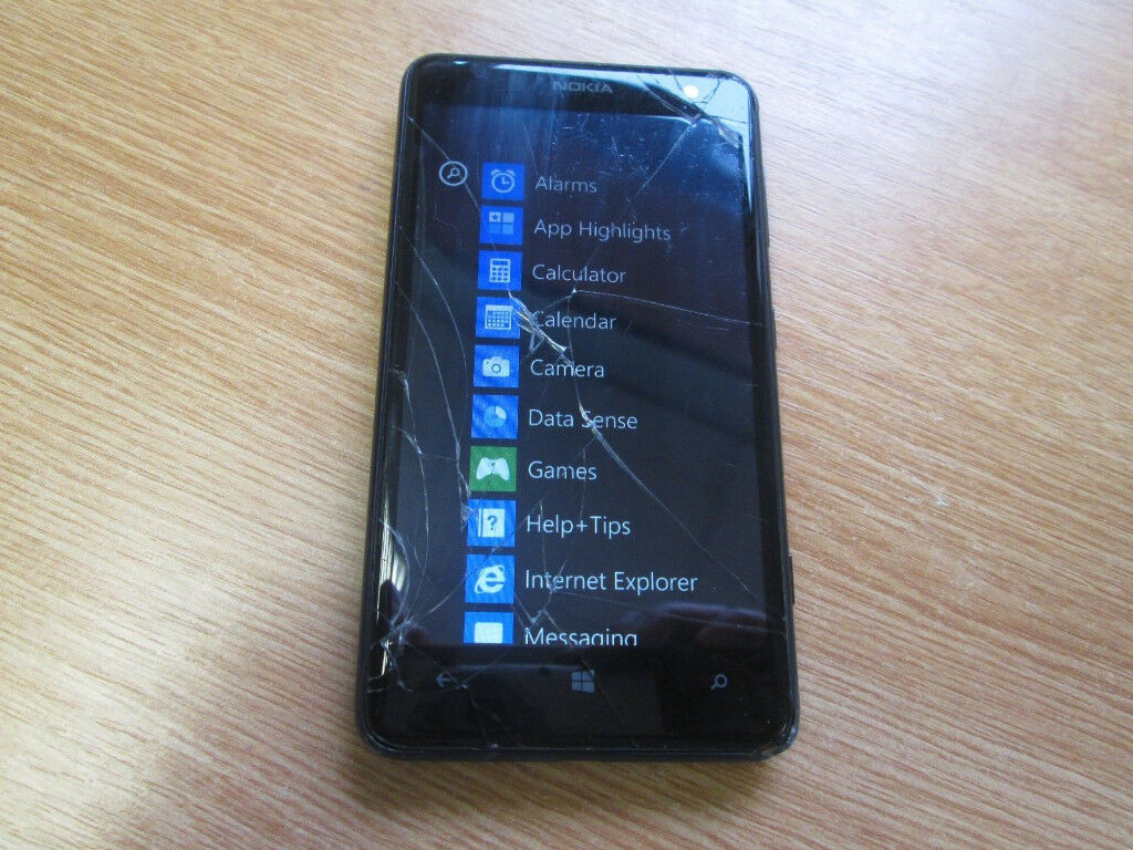 Nokia Lumia 6258GBBlack (Orange) SmartphoneCracked Screenin Southampton, HampshireGumtree - Nokia Lumia 625 8GB Black (Orange) Smartphone Cracked Screen fully working but has cracked screen/damage to plastic back comes without box or charger
