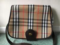 Vintage Burberrys satchel