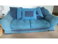 Large 3/4 seater fabric sofa. VGC. No rips or tears. Solid frame