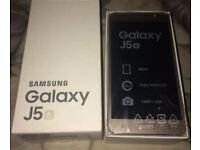 Samsung J5 SM-J510FN Dual Sim 16GB 2GB RAM NFC 3100mA Gold Brand New In Box UNUSED UNLOCKED! Bargain
