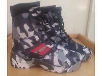 BLACK & WHITE CAMO BOOTS. DOUBLE RED. DRESS CODE RED DESERT. TACTICAL SERIES.