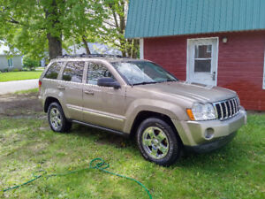 2005 Jeep Grand Cherokee Lerado VUS