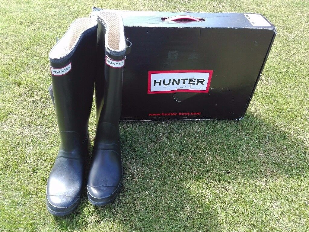 New Hunter wellies womens size 7 in black new with tags  96029d2e5