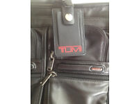 Tumi alpha messenger/laptop bag