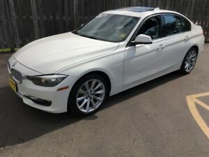2013 BMW 3 Series 320i xDrive, Automatic, Leather, AWD