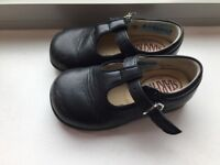 Start Rite Navy Blue Leather size 22