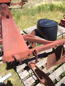 3 point hitch 2 bottom plow