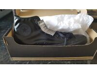 ★ ★ ★ BLACK LEATHER CONVERSE BOOTS MENS SIZE 13 BRAND NEW ORIGINAL & BOXED SHOES TRAINERS ★ ★ ★