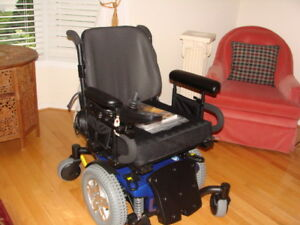 MANY ITEMS FOR PEOPLE WITH MOBILITY ISSUES
