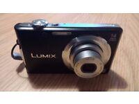 Panasonic DMC-FS14 Lumix 14 Mega Pixels with case and charger