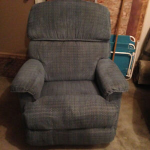 lazy boy chesterfield, love seat and recliner swivel rocker