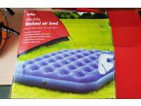 Air bed and portable air pump