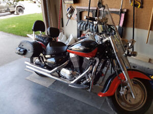 2009 Suzuki Boulevard C90T with lots of extras