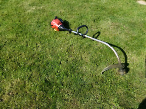 Taille bordure / Weed eater / string trimmer