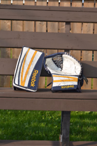 Glove and Blocker Intermediate Pro