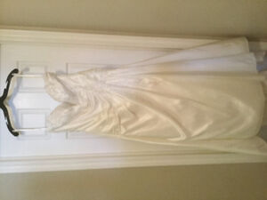 Size 22W Venus Romantic Bridals Wedding Dress