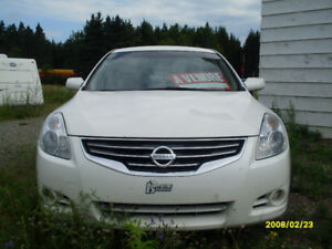 2010 Nissan Altima Berline automatique 4500$ negociable
