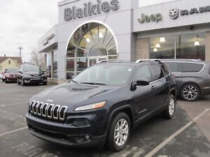 2014 Jeep Cherokee North   LOW KM   HEATED SEATS   BACK UP CAM