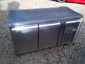 Polar Two Door All Stainless Steel Commecial Food prep Top Counter Fridge - not working