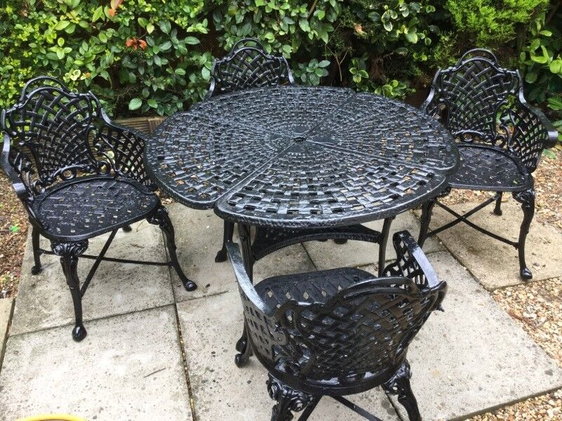 cast iron garden table and chairsin kings lynn norfolkgumtree cast iron garden table and - Garden Furniture Kings Lynn