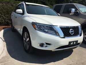 2015 Nissan Pathfinder Platinum LOCAL, NO ACCIDENTS, LOW KM'S
