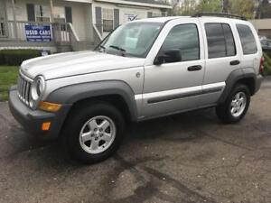 2006 Jeep Liberty 2.5 yr warranty Manual V6 4x4 Great Shape!